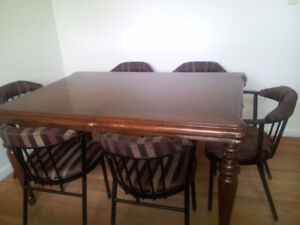 Solid wood dining table with 6 restaurant model chairs