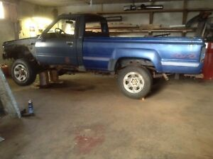 1987 Toyota parts truck for sale .phone calls only. 902-599-2024