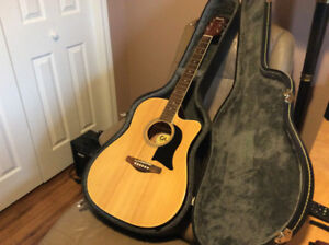 Electric Acoustic Guitar, Amp and Hard Case