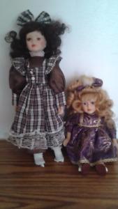 2 jolie poupée de porcelaine