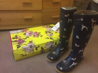LADIES JOULES WELLIES WELLINGTON BOOTS DOG PRINT NAVY SIZE 6 NEW