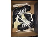 Junior hockey skates size 10