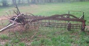 ANTIQUE SIDE RAKE