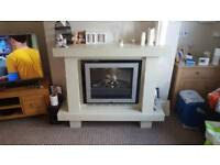 Electric fire with fireplace