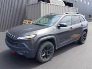 2015 Jeep Cherokee TRAILHAWK! LEATHER! NAVIGATION! PANORAMIC SUN