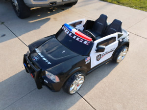 Kid Trax 12v Dodge Charger Police Car
