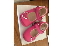 Girls first shoes size 2.5 g