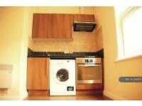 Studio flat in West Hendon Broadway, Hendon, NW9
