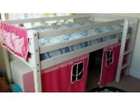 Midi bed - good condition