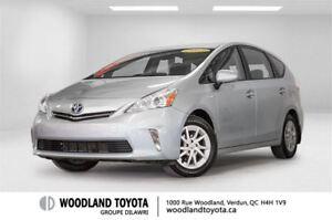 2013 Toyota Prius v Base