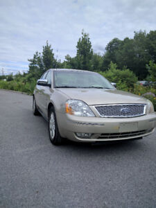 AWD 2005 Ford Five Hundred LTD Leather