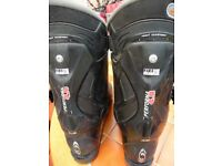 Mens Ski boots for sale.