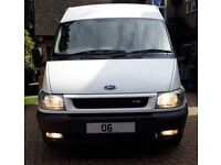 2006 (06) Ford Transit LX SWB Mid Roof 6 seater Crew Cab (125 T280) in excellent condition.