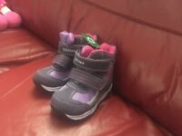 Winter boots for girl