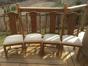 Chairs Set - Wicker  / Bar Stool - Bamboo