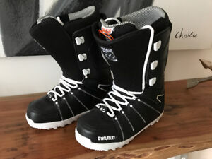 FOR SALE - thirtytwo M'S Lashed Snowboarding Boots - Size 11