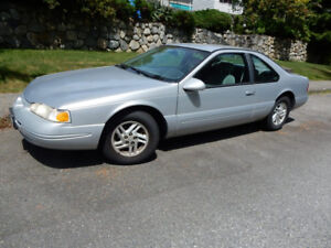 1996 Ford Thunderbird LX Coupe (2 door)