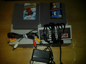 Referbished Nes with 2 Games