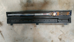 600 ft/lb torque wrench