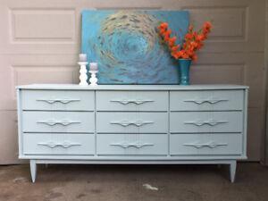 Light Mint MCM 9 Drawer Dresser