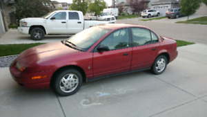 For sale Saturn 2000