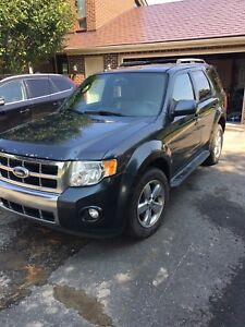 Ford Escape 2009 AWD, limited
