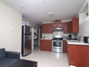 Beautiful 2 Bedroom near Knight and 49th