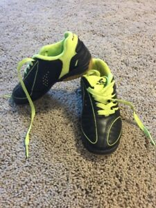 Indoor soccer shoes size 12