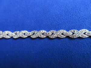 VICTORIA TOWNSEND SOLID STERLING SILVER   7 1/2""