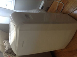 14000 BTU Fridgidaire Portable air conditioner  3 in 1