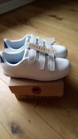 KAPPA MENS TRAINERS - Right size 9, Left size 8