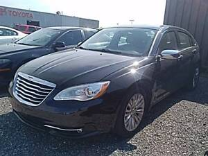 2014 Chrysler 200 LIMITED | LEATHER | ROOF | ONLY $99 BI-WEEKLY*