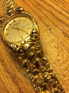 10 kt Gold Custom made Watch band. With Skulls.