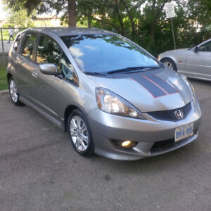 2009 Honda Fit Sport Package! Only 119,000Kms