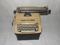 VINTAGE TYPEWRITER speery rand/remmington shabby chic/window display/planter/LARGE antique