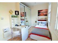 Bedroom with en-suite shower room!