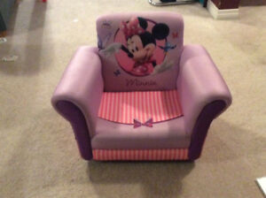 Mini Mouse Chair