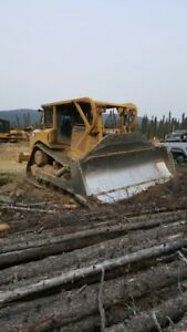 Cat D8T 2008 semi U and 2 shank ripper