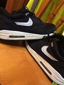 Nike Air Max Black And White Size 10in Salford, ManchesterGumtree - Used but good condition. not 100% on authenticity so please only contact me if this is not an issue for you. Pick up only