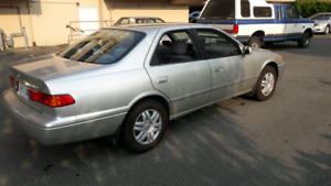 Selling Toyota Camry LE 2000 AS IS