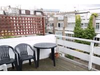 Double Bed in 4 Rooms to rent for professionals and postgraduates in luminous house with terrace