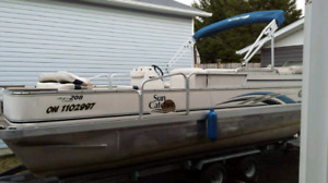 2009 Yamaha G3 Pontoon boat fish and cruise