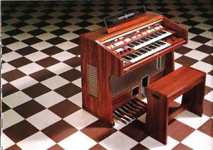 Technics Electrical Organ, model SX-7700G