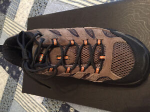 Merrill hiking/walking sneakers