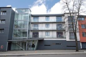 2 Bed & 2 Bath Flat, Newly decorated, Bromley, BR3. AVAILABLE IMMEDIATELY!! NO AGENCY FEES!!!