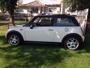 2006 MINI Mini Cooper S S  Coupe (2 door) Asking $6,900