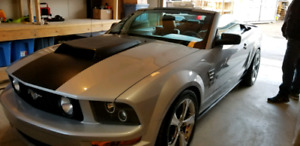 Only 54 000kms convertible customized mustang