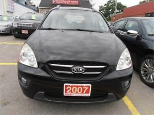 2007 Kia Rondo Sunroof  Leather 7Seats SUV Black Only 144,000Km