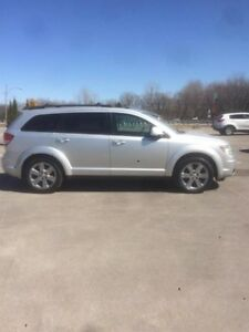 Dodge Journey AWD SXT 2009 !! FINANCEMENT 0$ COMPTANT