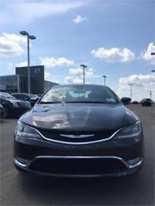 2015 Chrysler 200 C, V6, GPS, LEATHER,BACKUP CAM, BLUETOOTH